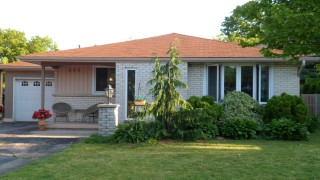 299 cyrus st, Cambridge Ontario, Canada
