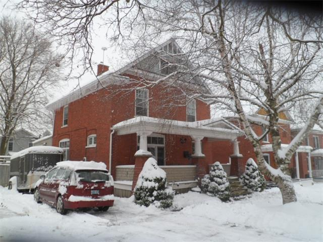 66 rife avenue, Cambridge Ontario, Canada