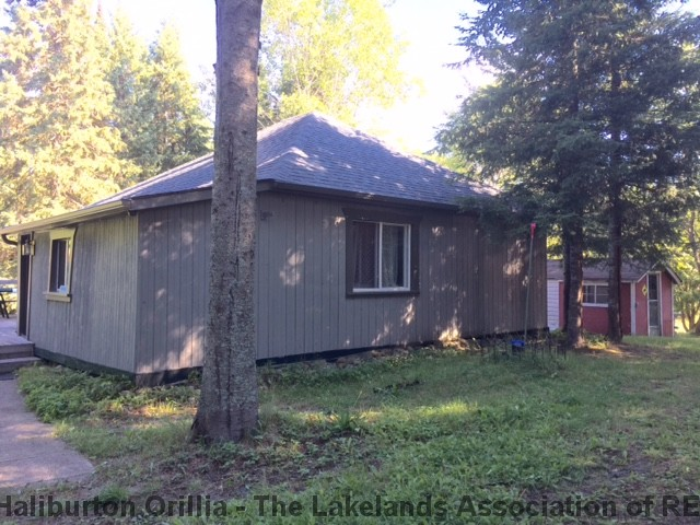 167 YEARLY RD South, Sprucedale Ontario, Canada
