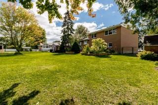 1436 Woodfield Cres, Kingston Ontario