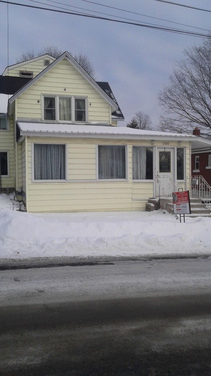 550 st lawrence st, Prescott Ontario, Canada