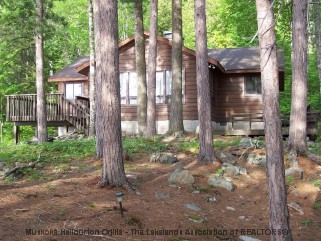 11455 HALIBURTON LAKE WAO, Haliburton Ontario, Canada Located on Haliburton Lake