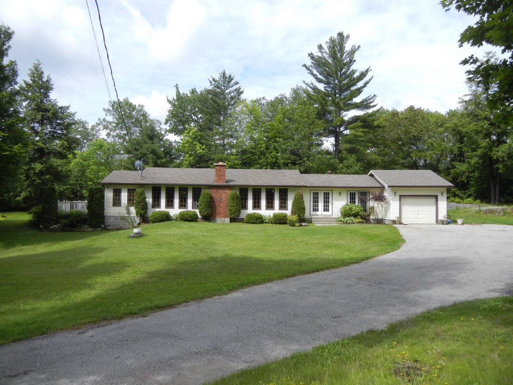 254 COUNTY ROAD #620 HWY, North Kawartha Ontario, Canada