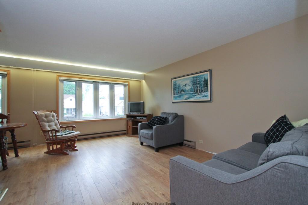 696 GRIFFITH, Sudbury Ontario