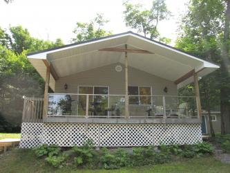 12 silver birch circle, McKellar Ontario, Canada Located on Manitouwabing Lake