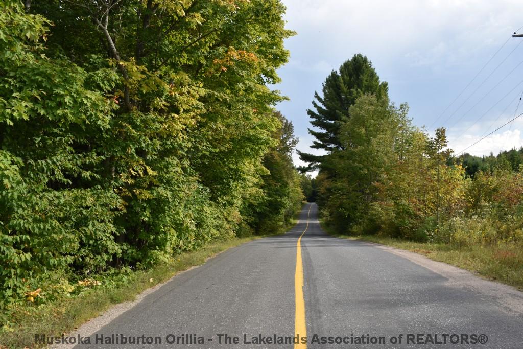 Uffington Road, Bracebridge Ontario