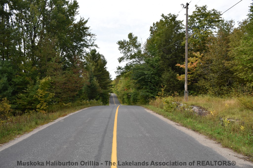 Uffington Road, Bracebridge Ontario