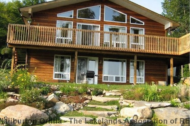 1166 GRACE RIVER RD, Wilberforce Ontario, Canada Located on Grace Lake