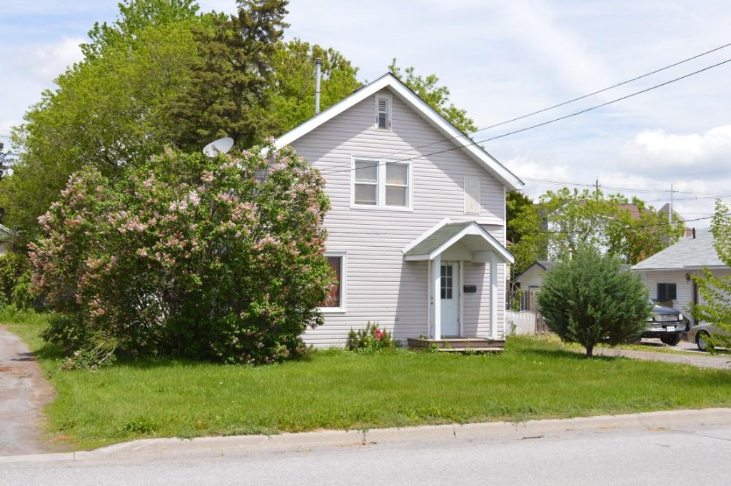 62 john st, Quinte West Ontario, Canada