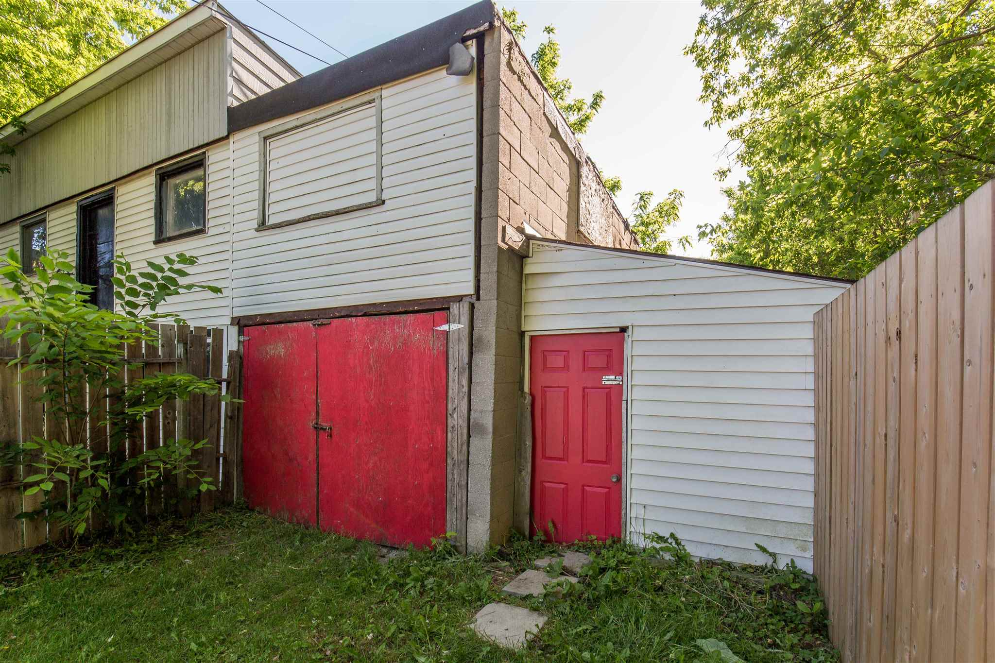 717 Victoria Street, Kingston, Ontario (ID K20003480)