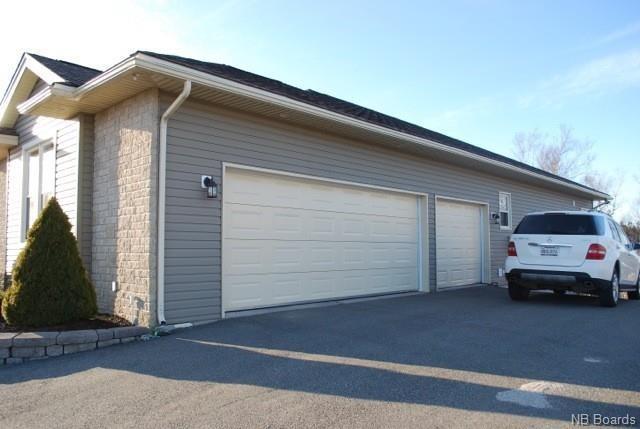 90 Cedarwood Drive, Saint John, New Brunswick (ID NB042928)