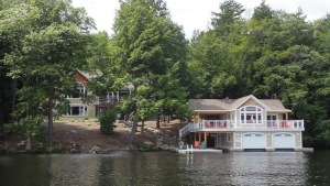 Port Carling, Ontario (ID 481540850)