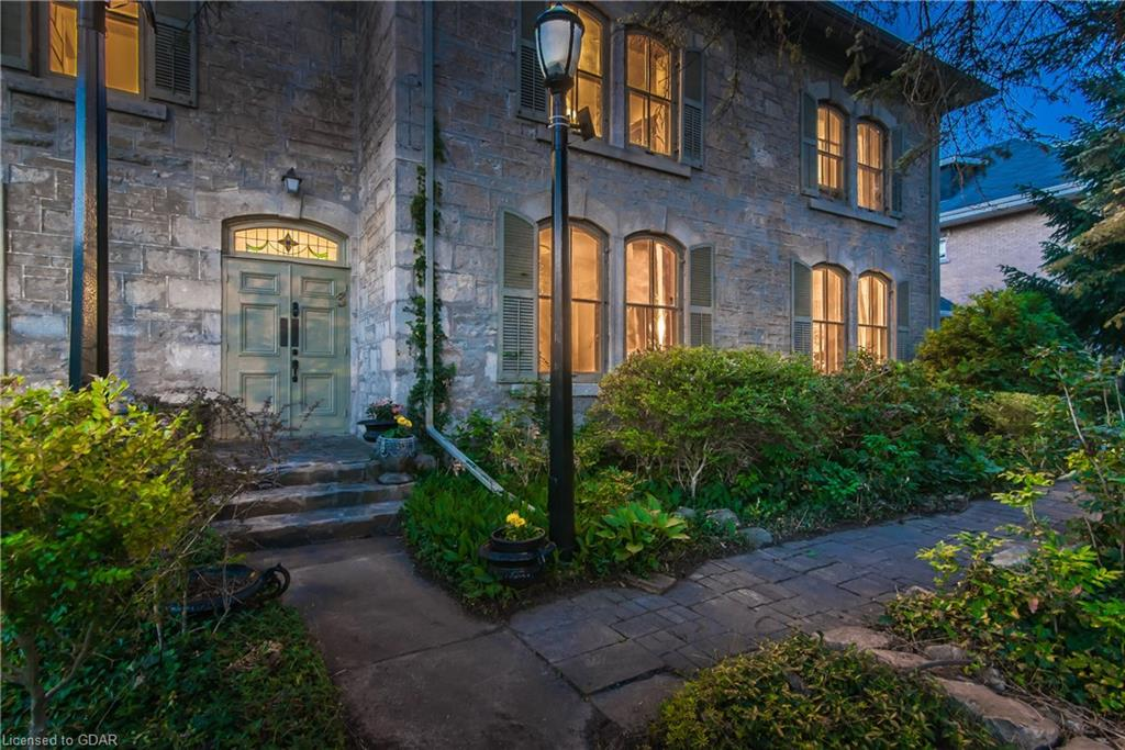 3 ARDMAY Crescent, Guelph, Ontario (ID 40167329) - image 2