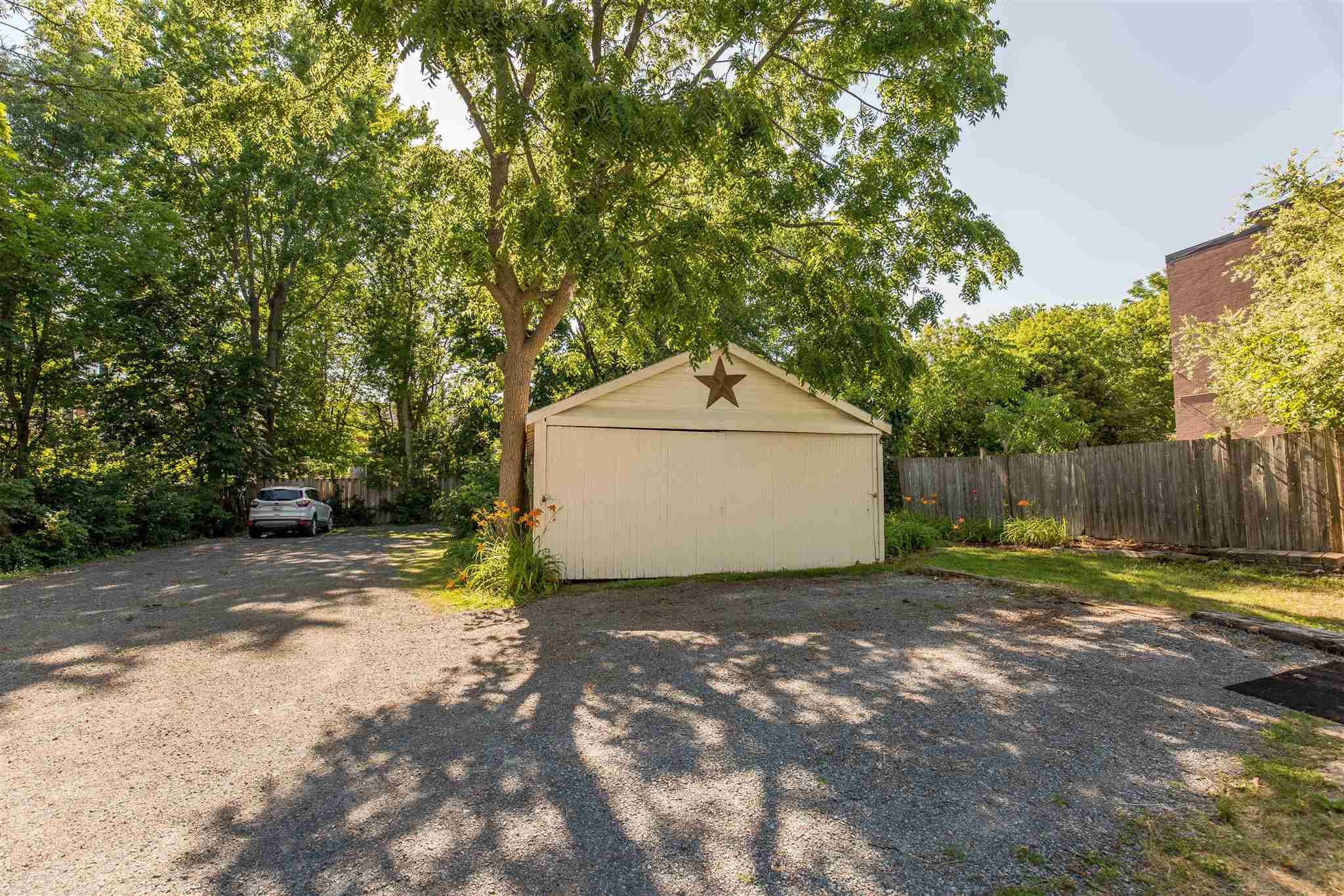 542 Frontenac Street, Kingston, Ontario (ID K20003836)