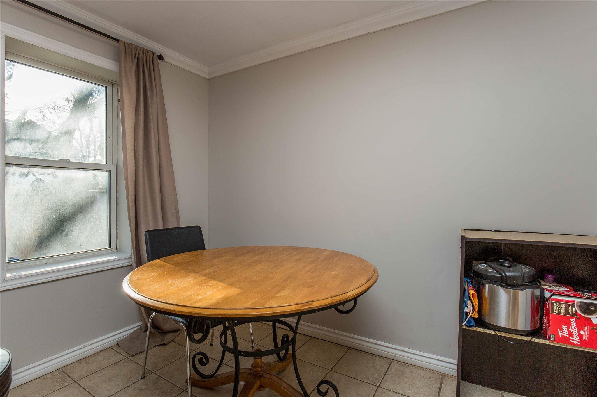 6 Linton Street, Kingston, Ontario (ID K20006897)