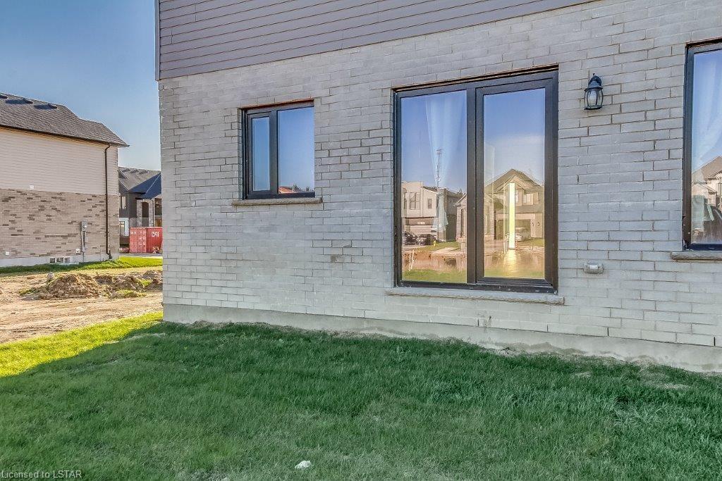 1299 SILVERFOX Drive, London, Ontario (ID 230551)