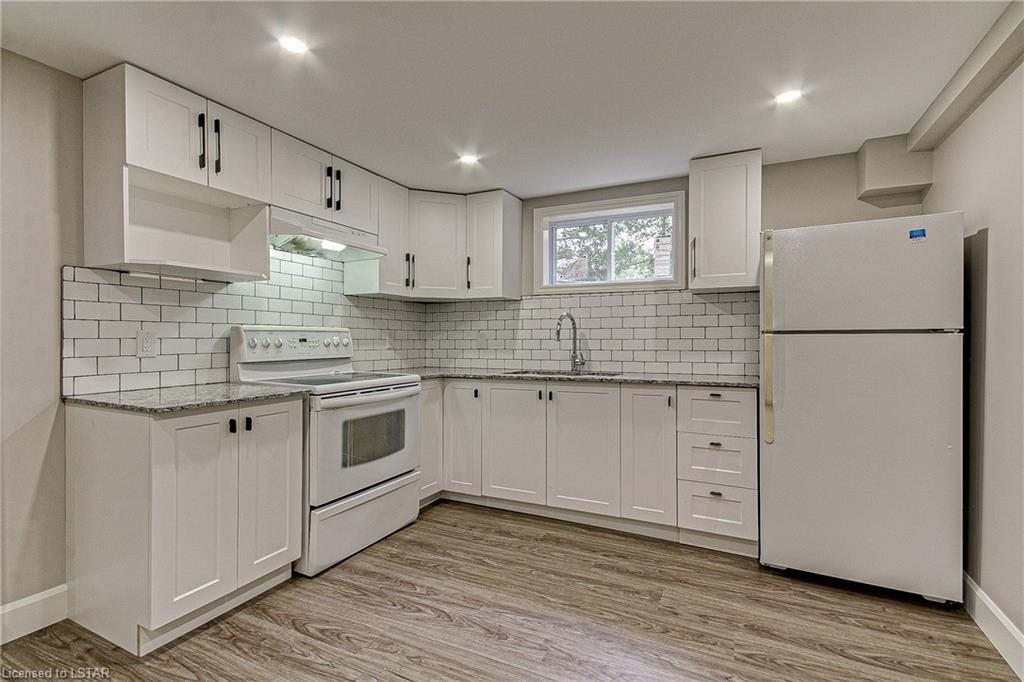 25 HOLIDAY Avenue, London, Ontario (ID 268726)