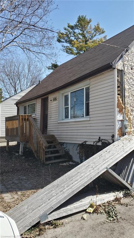 695 VICTORIA Street, London, Ontario (ID 40088744)