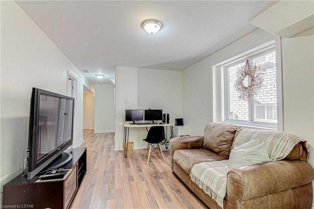 850 MAPLERIDGE Street, London, Ontario (ID 40164718)