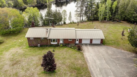 573 Evergreen Lane, Palmer Rapids, Ontario (ID 200621)