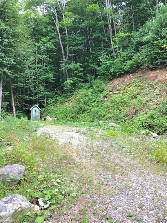 - PINEVIEW Court, Haliburton, Ontario (ID 216698)