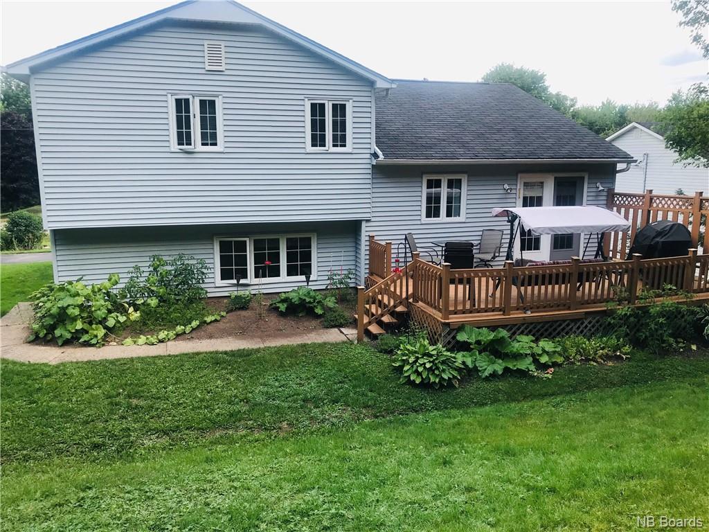 238 Woodlawn Lane, New Maryland, New Brunswick (ID NB048827)