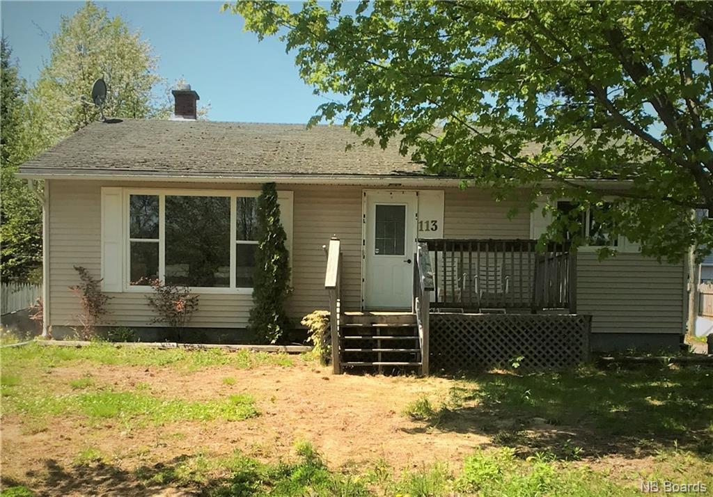 113 Edgewood Drive, Fredericton, New Brunswick (ID NB058856)
