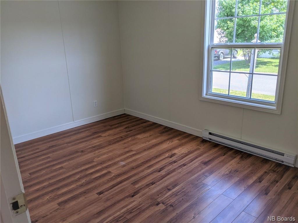 9 Wood Avenue, Lincoln, New Brunswick (ID NB059228)