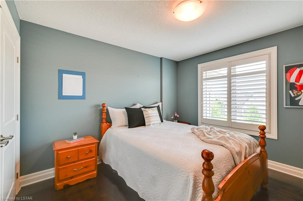2014 WALLINGFORD Avenue, London, Ontario (ID 40136271)