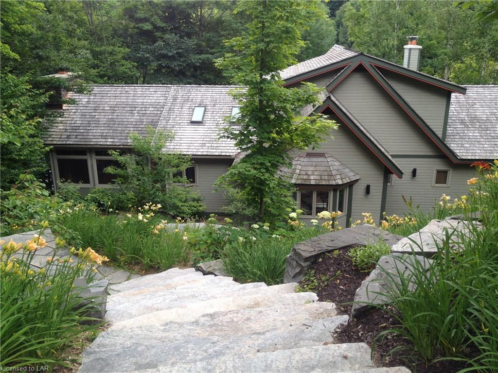 1002 STAGS LEAP Trail, Haliburton, Ontario (ID 193274)