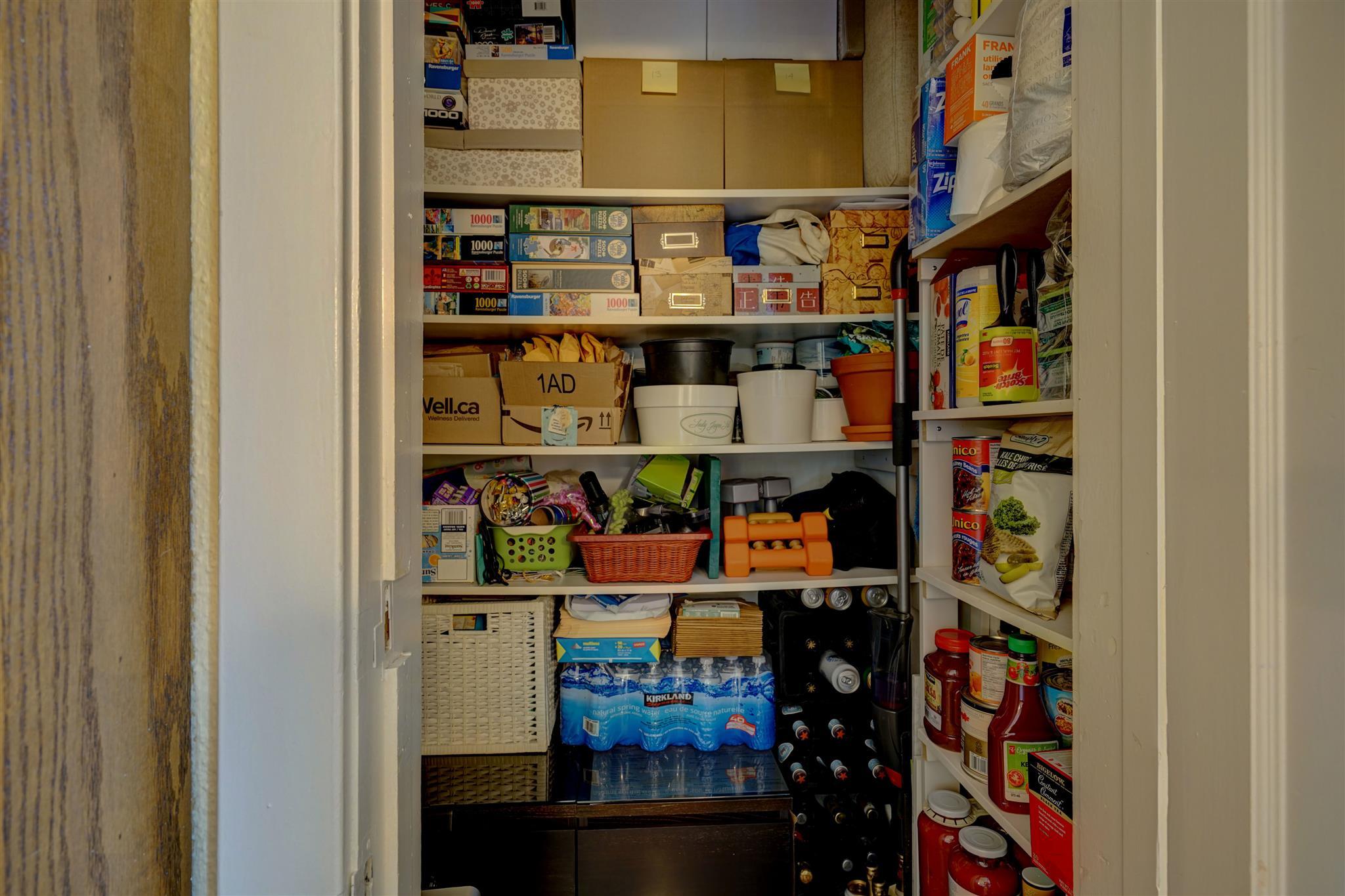 Unit# 206 67 Sydenham Street, Kingston, Ontario (ID K20006551)