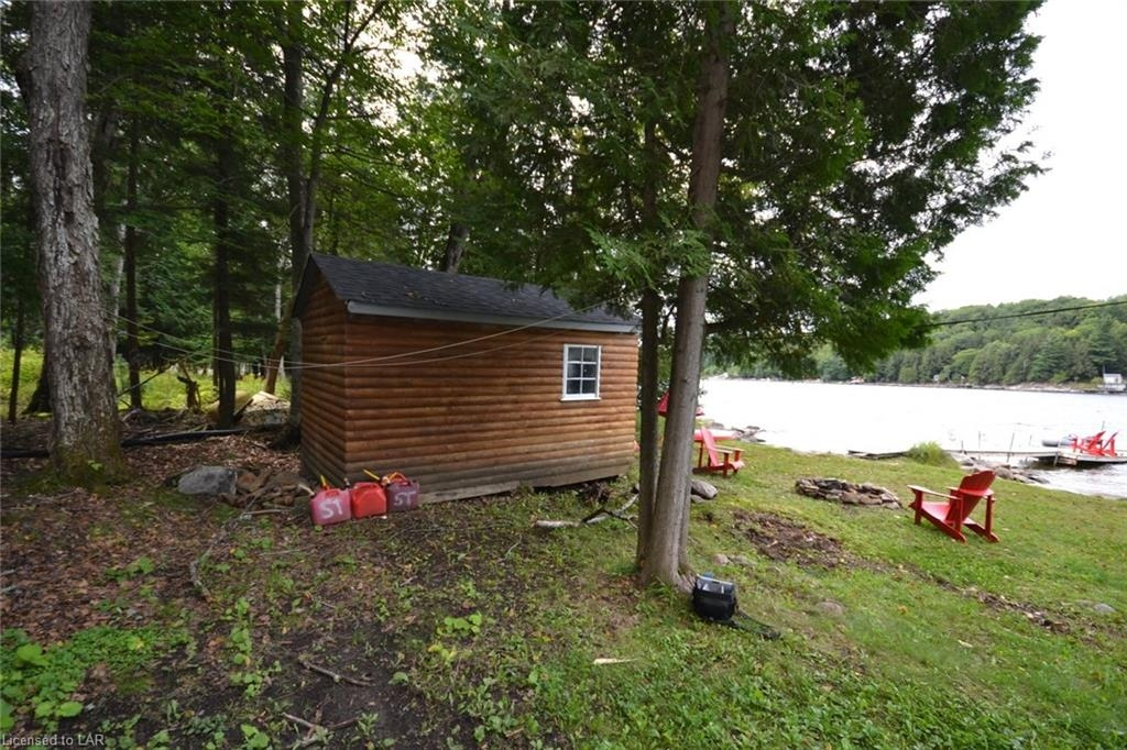 1088 Hough Lane, Haliburton County, Ontario