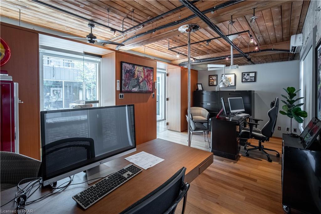 43 BRITAIN Street Unit# 200, Toronto, Ontario (ID 40156625)