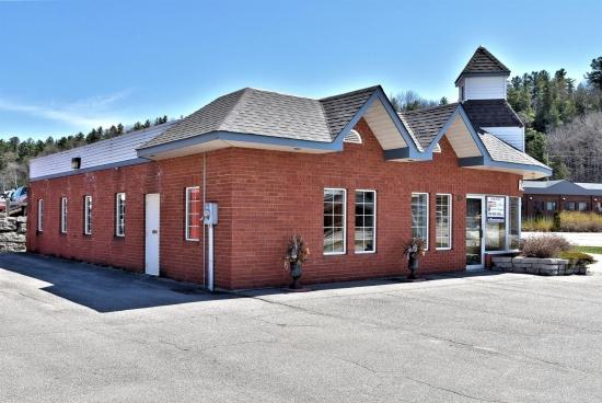 10 BOBCAYGEON Road, Minden, Ontario (ID 250548)