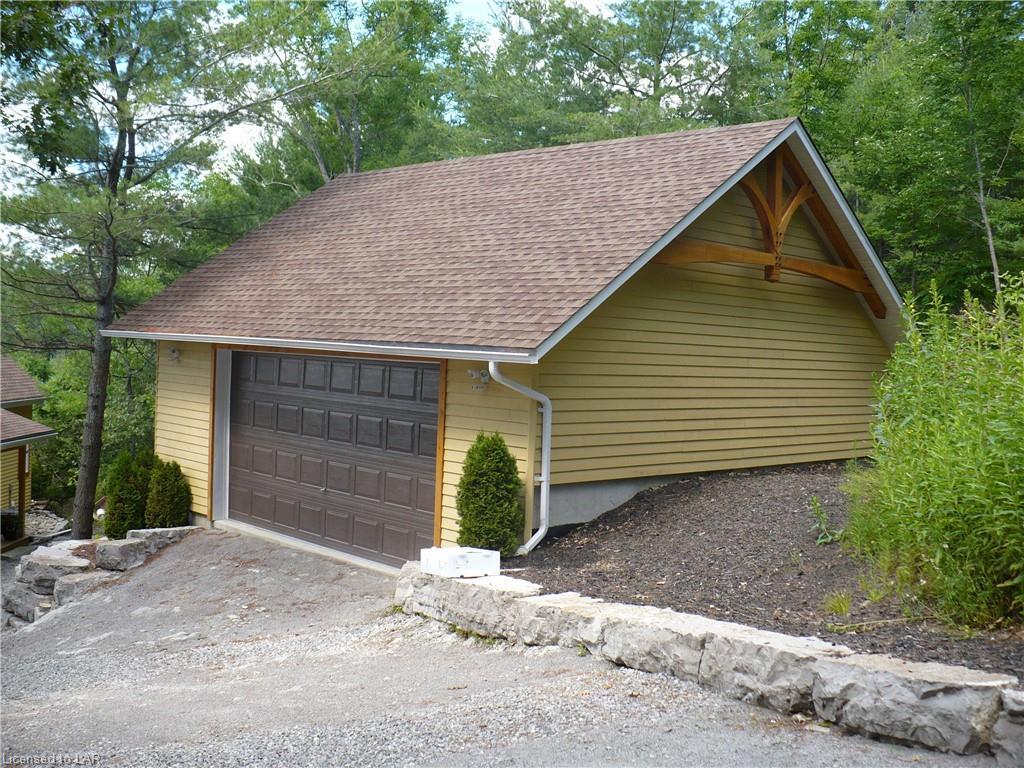 1088 OXBOW Lane, Minden, Ontario (ID 247282)