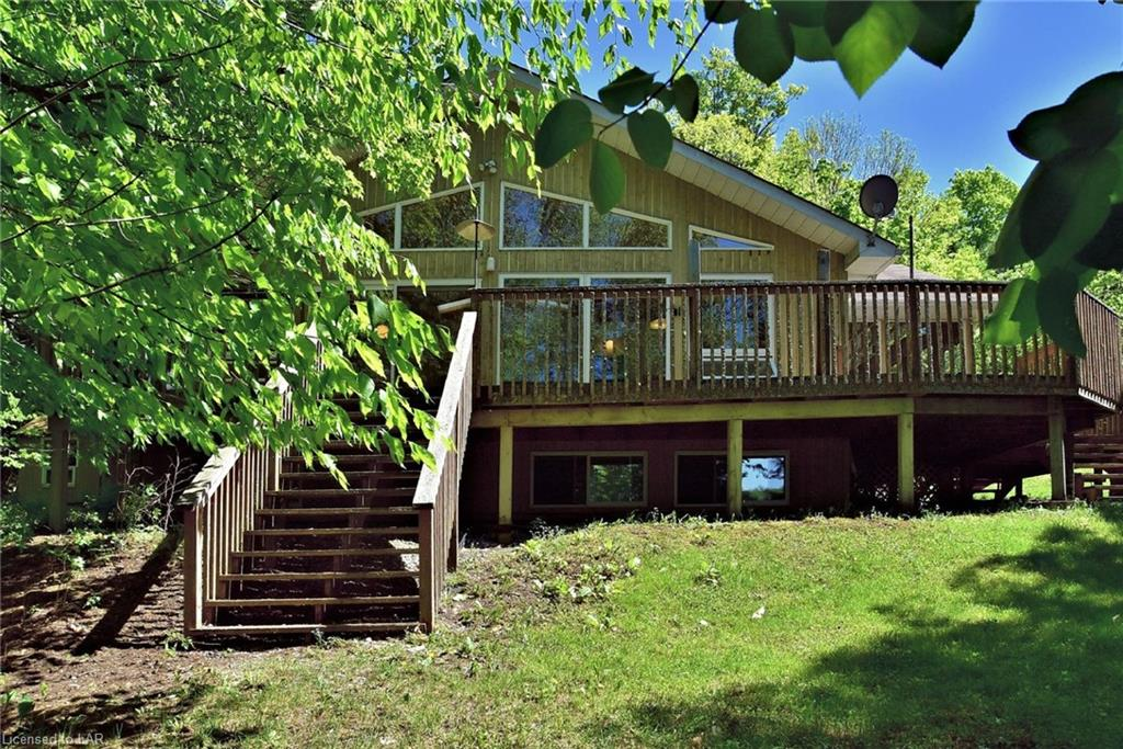 3373 KASHAGAWIGAMOG LAKE Road, Haliburton, Ontario (ID 40126886)