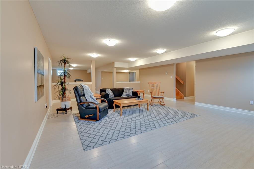 41 BARON Crescent, Komoka, Ontario (ID 40138356)