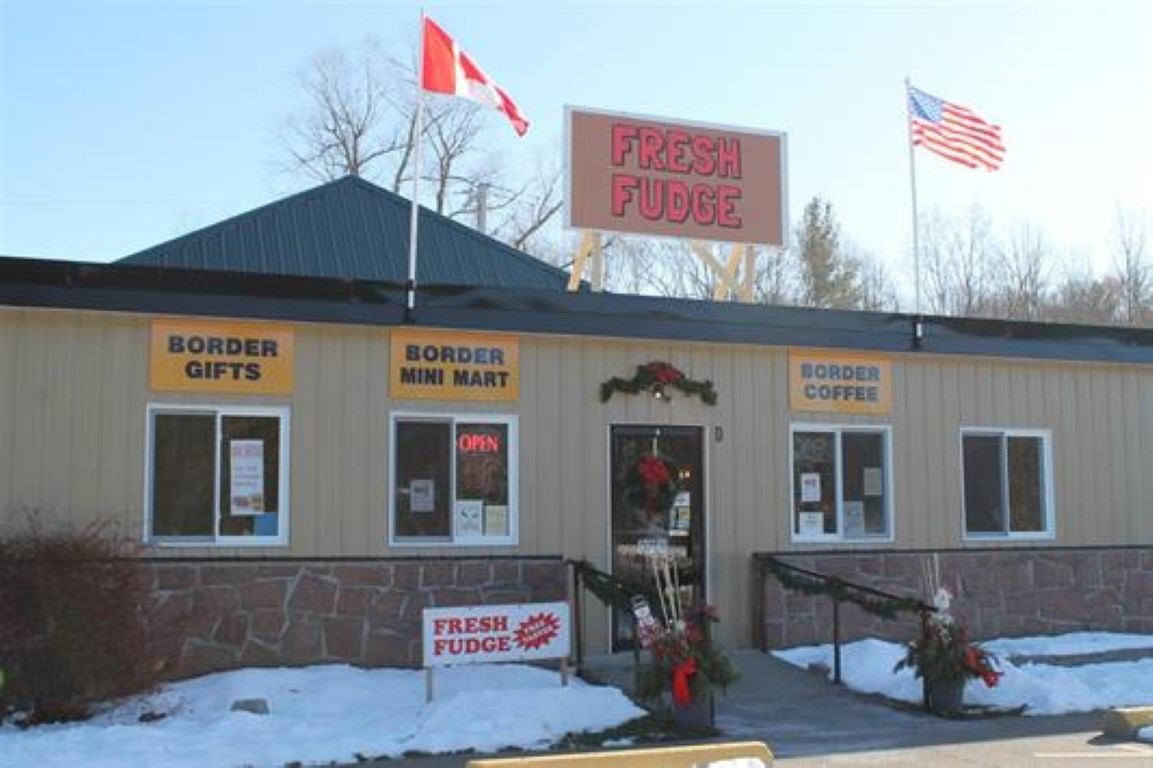 666 137 Highway, Hill Island, Ontario (ID K20000215)