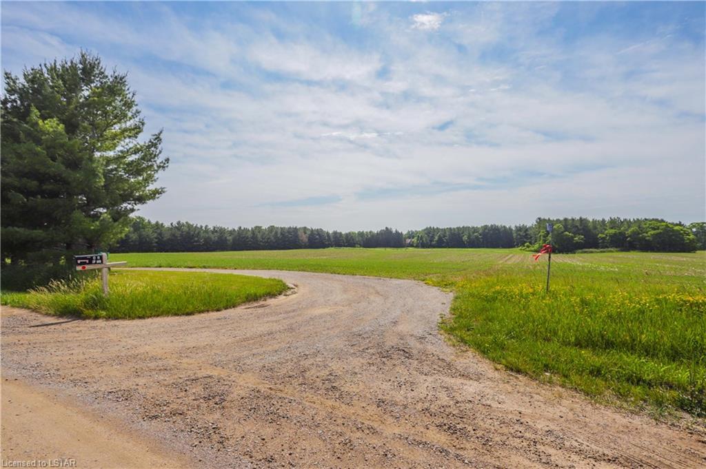 6449 GENTLEMAN Drive, Southwest Middlesex, Ontario (ID 40131667)