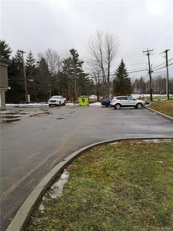 523 Canterbury Drive, Fredericton, New Brunswick (ID NB038358)