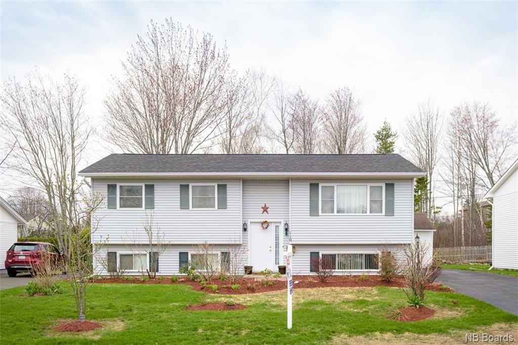 110 Chandler Drive, Fredericton, New Brunswick (ID NB041310)