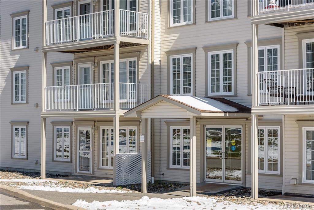 35 Lian Street Unit# 3, Fredericton, New Brunswick (ID NB043268)