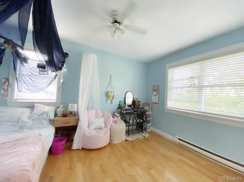 33 Rosewood Drive, Fredericton, New Brunswick (ID NB044805)