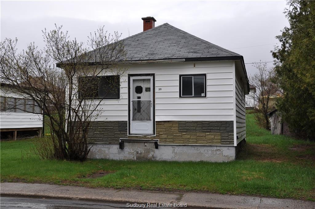 50 Beech Street, Levack, Ontario (ID 2084444)