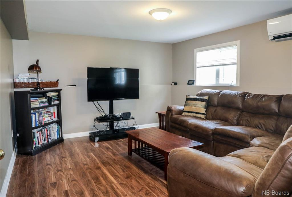 12 Katrina Drive, Fredericton, New Brunswick (ID NB046166)