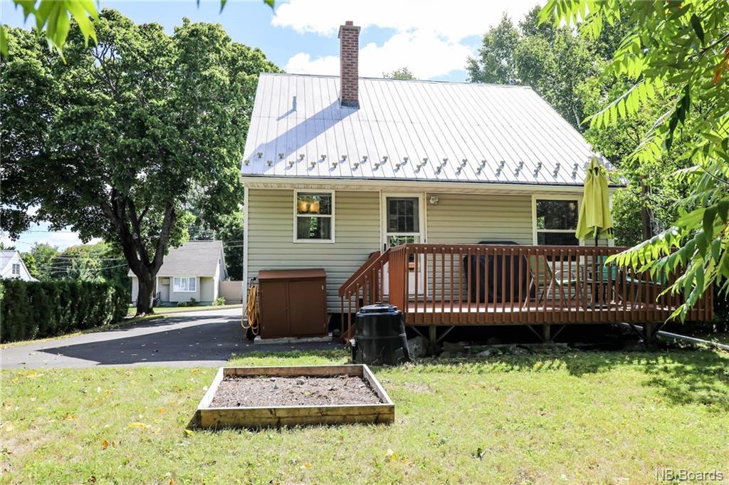 599 Chestnut Street, Fredericton, New Brunswick (ID NB049011)