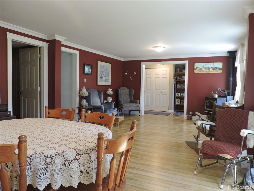 24 Lake Avenue, Mcadam, New Brunswick (ID NB060054)
