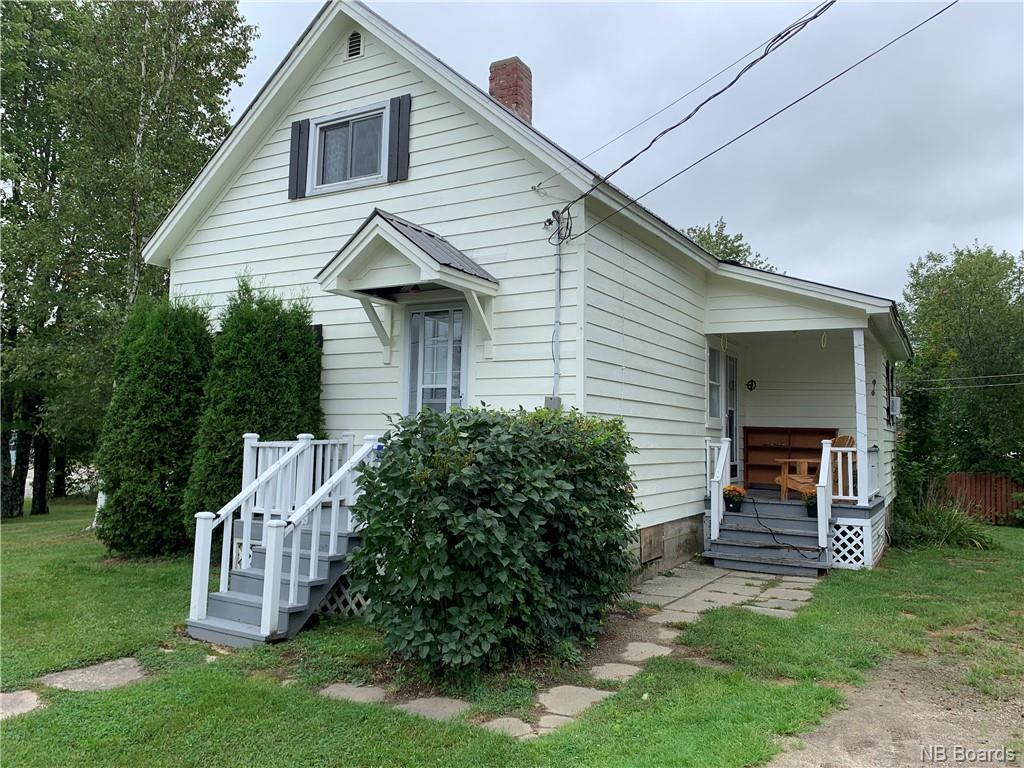 5 Pleasant Avenue, Mcadam, New Brunswick (ID NB063101)