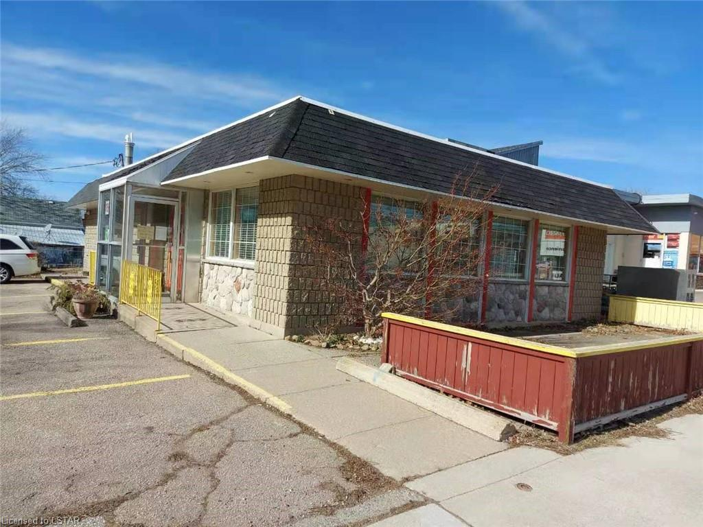 57 MAIN Street W, Ridgetown, Ontario (ID 40084938)