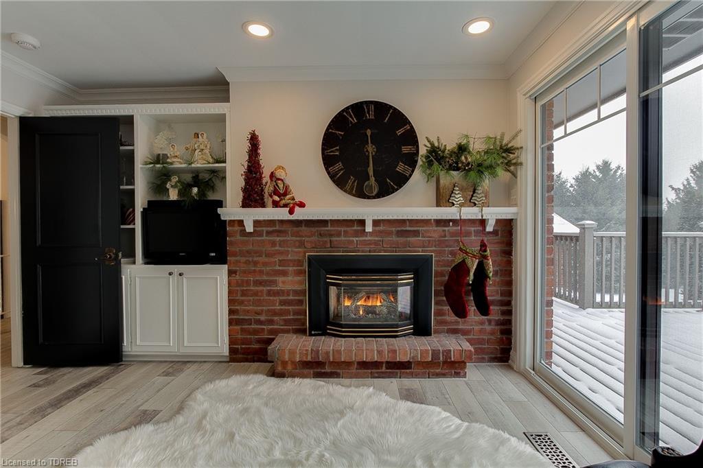 693 BROADWAY Street, Tillsonburg, Ontario (ID 238333)